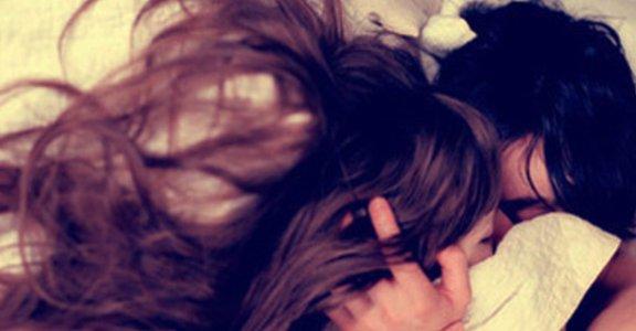 醒來再做更健康!早晨性愛的好處與秘笈