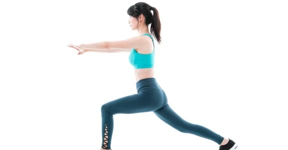 想要訓練腹肌?在家也能做的 400 秒運動