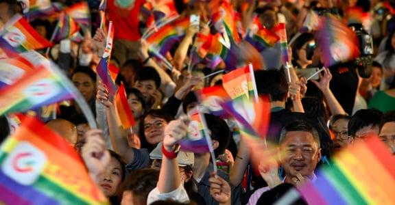 快訊|「臺灣讓我們看到希望!」以臺灣為榜樣,日韓也要力推同婚