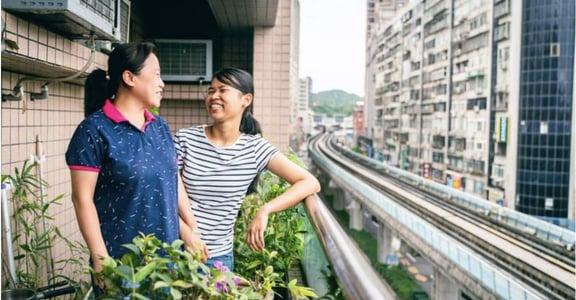 「妳在我家,就是我的女兒」移工在台灣的故事