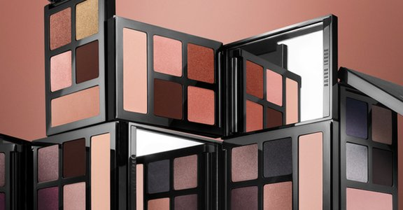BOBBI BROWN 眼影盤融合五大時尚元素,用眼影招來好桃花!