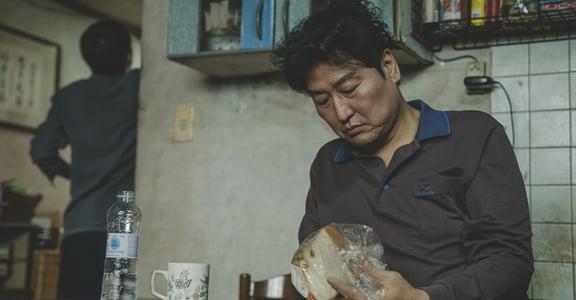 台灣古早味蛋糕也入鏡?簡嫚書、吳慷仁盛讚韓國電影《寄生上流》