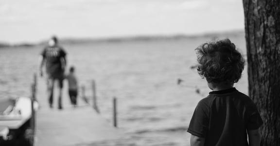 避免無意識情緒勒索:「自我察覺」是父母都該練習的一堂課