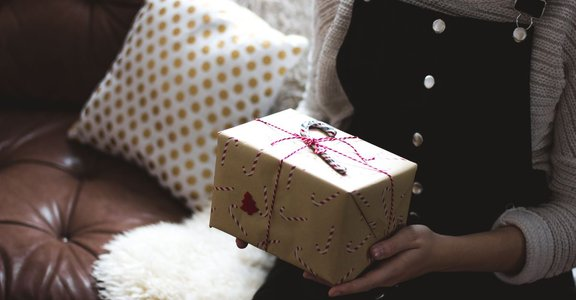 戀愛經濟學:情人節,是為愛情慶祝,還是為商人慶祝?
