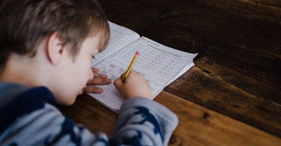 孩子有「開學症候群」?五個方法陪他走過