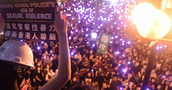 脫內褲、逼全裸、磨陰蒂:香港#METOO 遊行,抗議警方性暴力