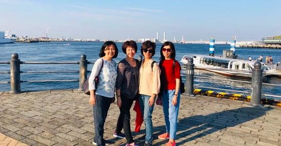 丁菱娟專文 最幸運的是,和姐妹從小一起長大,老了再一起走遍世界