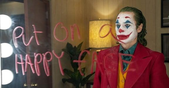 《小丑》五句經典台詞:和暴力一樣可怕的,是那群假裝沒事的人