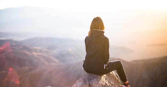 丁寧專文|完美是渴望別人認同,而完整是自己認同自己