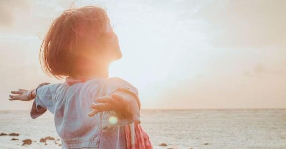 想要幸福,就先別相信世界存在「命定」