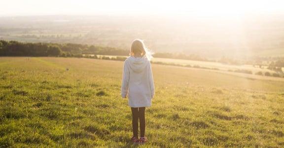 你的孤獨,能夠產生力量:為什麼在小圈圈能看到更好的自己?
