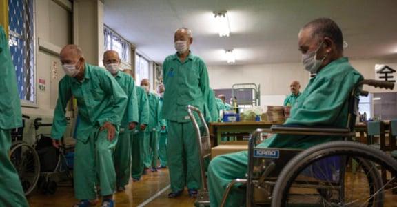 日本「下流老人」的「養老院」:這個世界太孤獨,不如坐牢有人陪