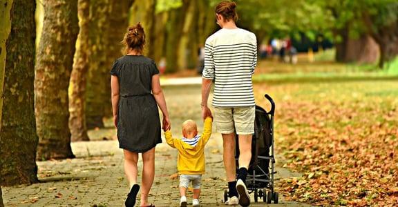 爸媽都要共同照顧小孩!這三種模式,你們是哪一種?