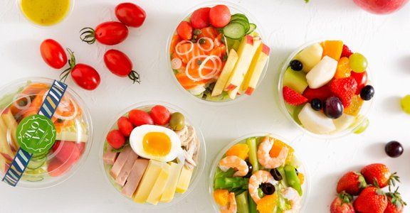 燻鮭魚、鮮蝦蘆筍!LA ONE 推出杯裝輕食沙拉