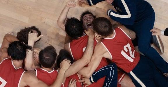 俄羅斯 10 個人就有 1 個人看過!《絕殺慕尼黑》:戰鬥民族這樣打籃球