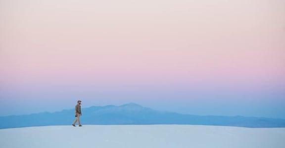 為什麼我們總是想要獨處,但又害怕孤獨?