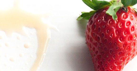 美味料理食譜:蜂蜜紅酒醋草莓冰淇淋