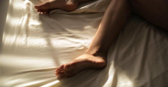 如果愛情是找適合的鞋子,為何磨合之後仍掉了鞋?