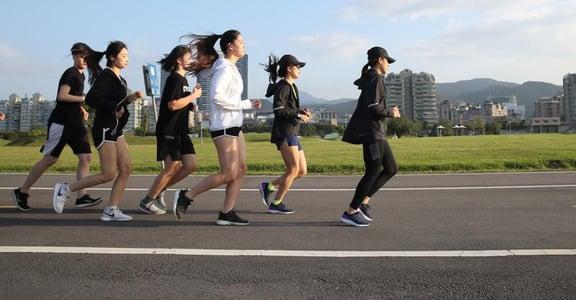 【運動小姐】我是一位配速員,我跑的每一公里,都在為你的夢想努力