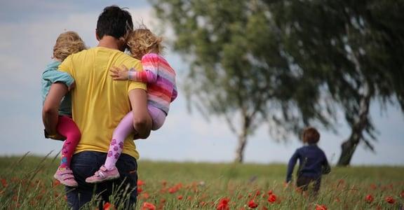 「為什麼我特別依賴人?」關係最重要的課題,是覺察家庭對你的影響