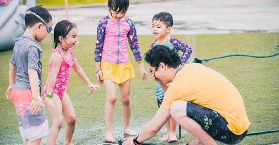 拍照、玩水、遛小孩!典華打造 me2we 親子水公園