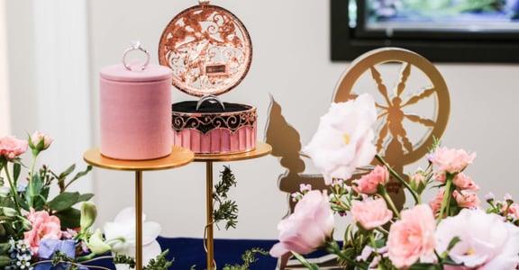 屬於我們愛的信物:ALUXE 亞立詩 Disney 公主婚嫁系列婚戒