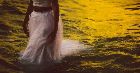 「有事自己扛、有情緒自己消化」是什麼讓你正在活成一座孤島?