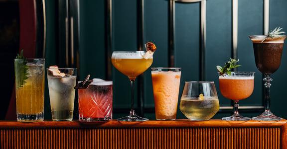 ⼼潮飯店滿週歲,將酒家菜演化成炒飯料理,再交手 TCRC 以冰菓室為題的⼋仙潮酒