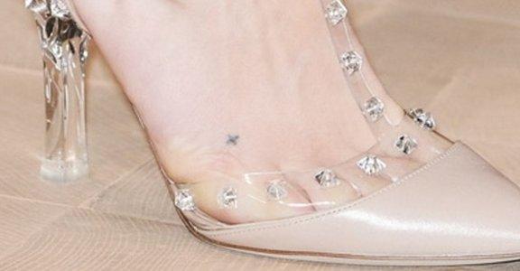 2013 春夏時裝周的肌膚誘惑:透明涼鞋