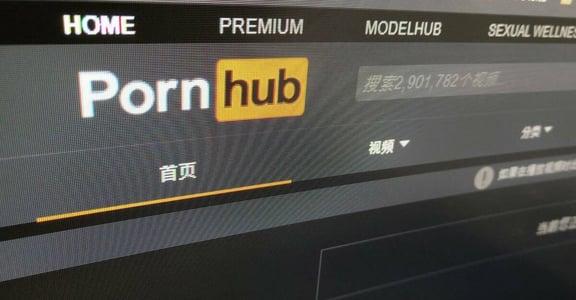 PornHub 大刀刪片後:犯罪者轉移陣地,受性侵拍成片的女孩仍傷口淌血