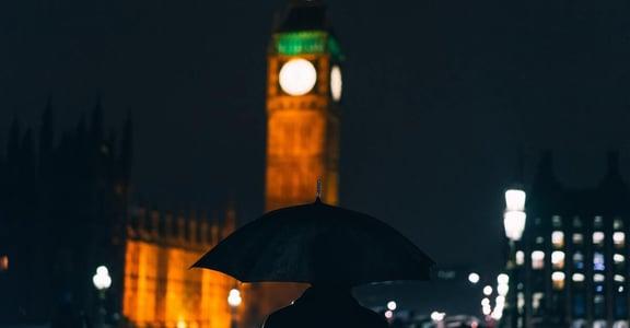 「那年冬天,有一個月沒見到陽光」高緯度的冬日憂鬱:天氣對心情的震盪,如此之大