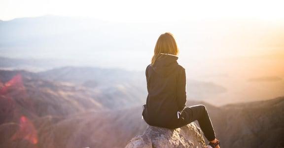 七種喚醒熱情的練習:創造好事,遠比解決壞事,更能改善憂鬱