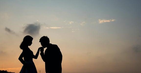 「交往越久,越無話可說?」關係心理學:為什麼我們之間只剩下責任與期待?
