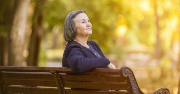 「被叫姐感到羞恥?」鄧惠文:不再為年齡煩惱,學會接受優雅地變老