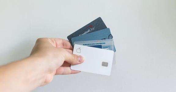 到底該不該辦信用卡?辦卡前你應該知道的 6 個信用卡忠告