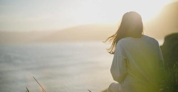 為何犯點小錯,就感覺自己很爛?給焦慮不安的你:試著讓內在自我安靜下來
