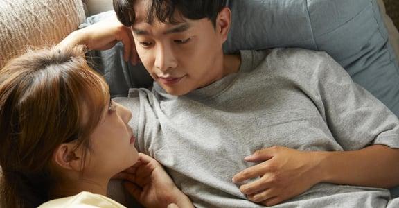除了「性」,你們還會在床上做什麼?研究顯示:不一定要做愛,關係滿足感也能提升