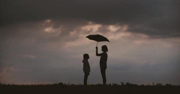 「有些話可能成為關係裡的創傷」家庭心理學:別讓童年成為一輩子的陰影