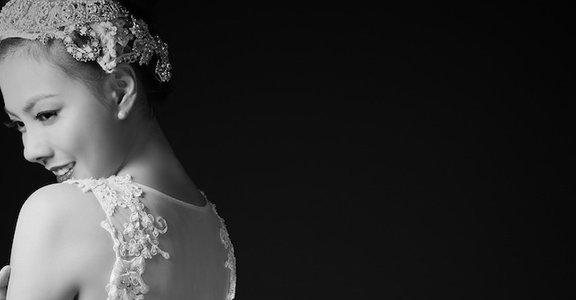 不一樣的婚紗:鏤空婚紗的華麗冒險