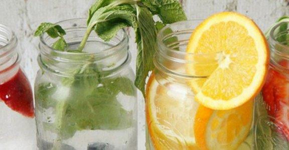 從裡到外白出來!十款讓你越喝越漂亮的排毒水 Detox Water