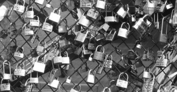 愛,是比巴黎更美的風景:藝術橋 pont des arts