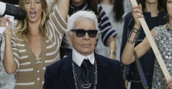 力挺艾瑪華森!巴黎時裝周讓人驚豔的女性主義宣言