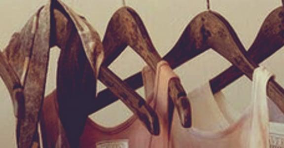 【王迪詩專欄】女人的衣櫃也像愛情的紀年史