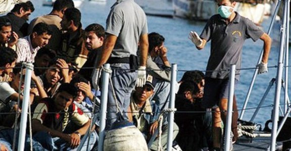 五分鐘洞見世界:難民偷渡與人權議題的歐洲兩難