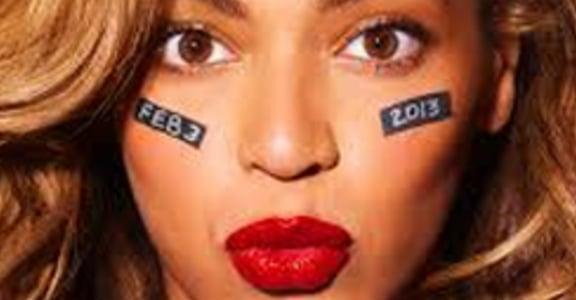 從鄰家女孩到打不倒的女戰神!Beyoncé 的女性主義進化之路