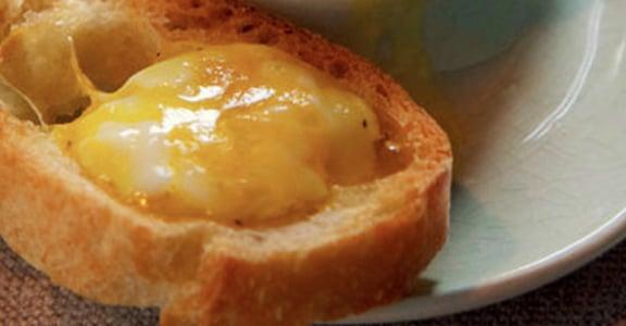 和心愛的人一起做早餐!奶油土司嫩心蛋