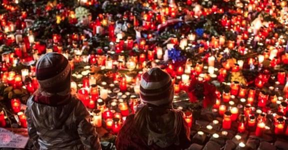 巴黎與黎巴嫩恐怖攻擊:我們的關心能比換頭貼更多