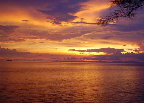 Sunset from the Sunset Bar - 披披島皮皮島假日酒店度假村的圖片