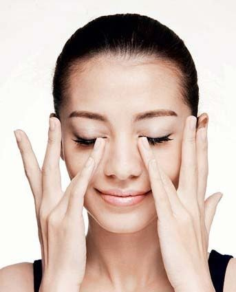 避免眼周長肉芽的保養方法