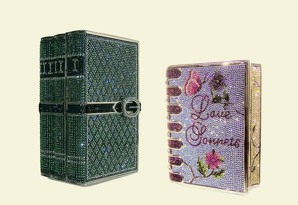 【土匪小姐的鞋與包】讓妳內涵外在都加分的書本手拿包